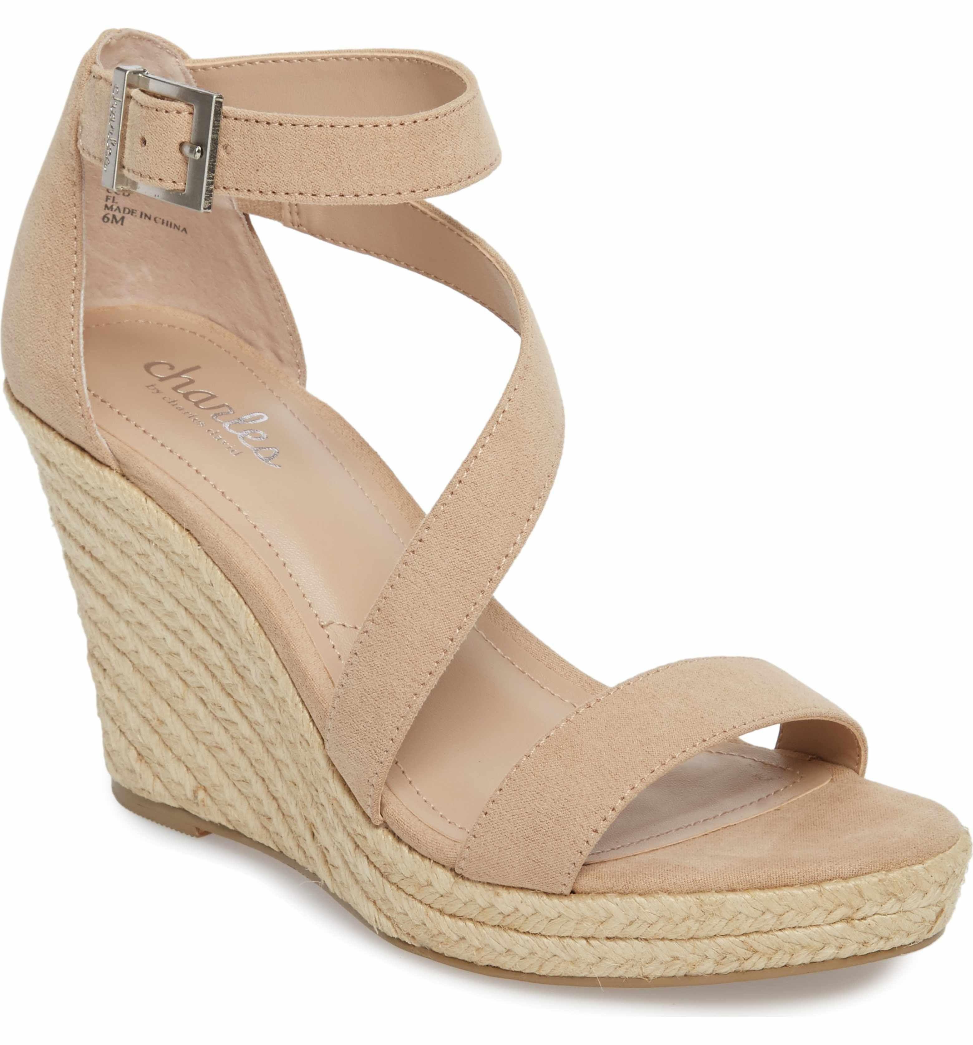 Charles David Women's Lou Asymmetrical Wedge Sandal xYNY03cOMz