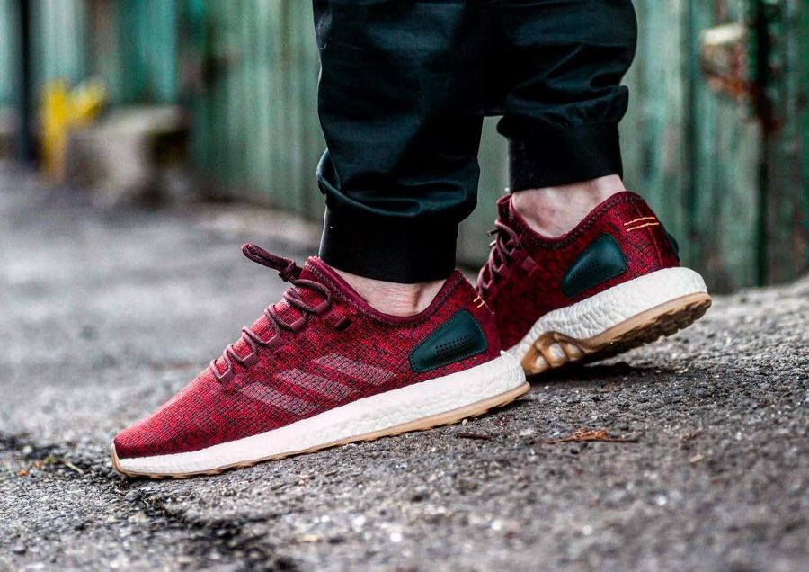 Adidas originals Pure Boost Turnschuhe In Burgundy Ba8895