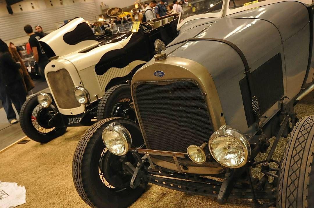 hotrodcustomshow2017 #hrcs2017 #hcs2017 #ford #roadstar ...