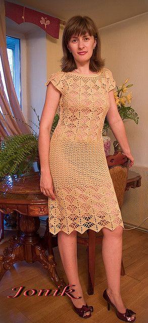free: crochet Dress