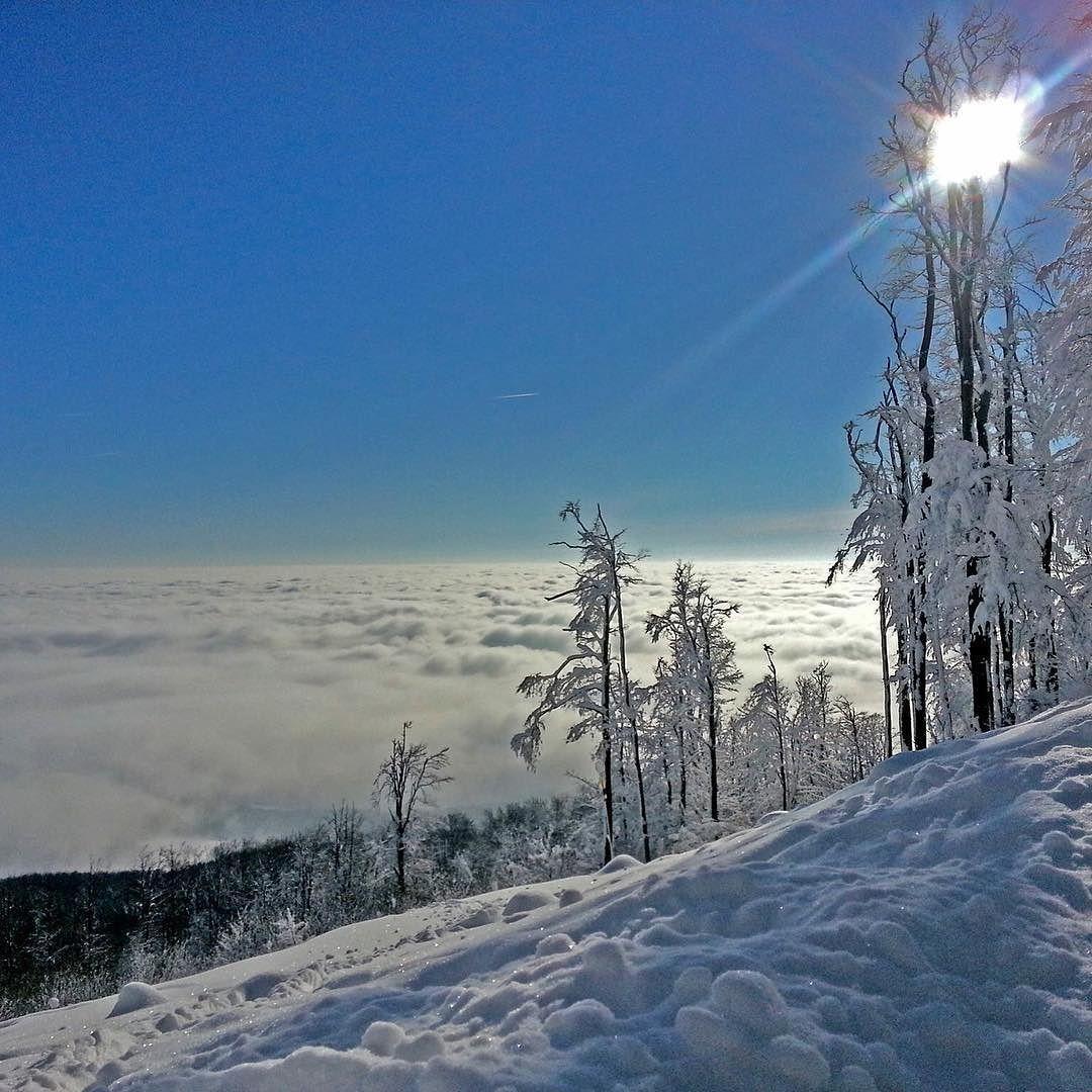 bergsports.de Die Sonnen Südseite...!! #bergsports #sun #dream #skiing #fun snow #powder #beautiful #natursports #nature #schnee #goodlife #gesund #durchatmen #alpen #berge #silvretta #tourenski #alps #mountaineering #mountains #hiking #skibergsteigen