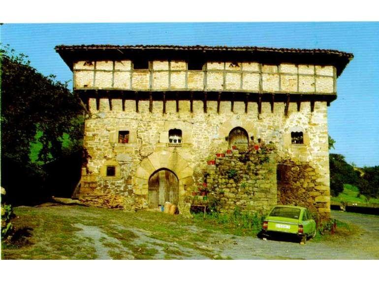 Gótico. Palacio de Aranguren, Orozko (Bizkaia) Fot. Garikoitz Estornés…