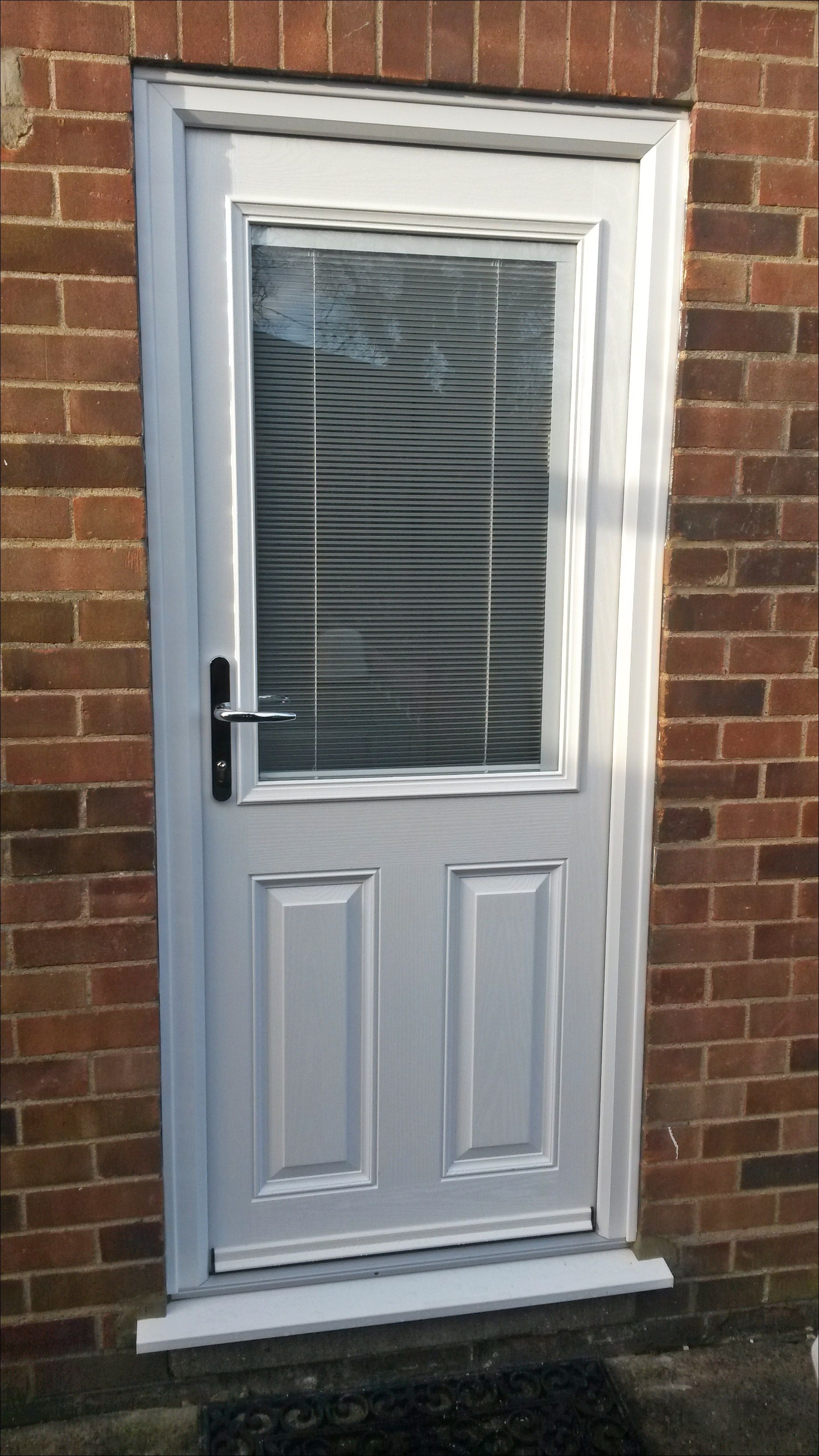Upvc Rear Entrance Door With Integrated Blind Supplied And Installed By Unicorn Windows Ltd Of Leighton Buzzard Double Glazing Windows House Designs Exterior