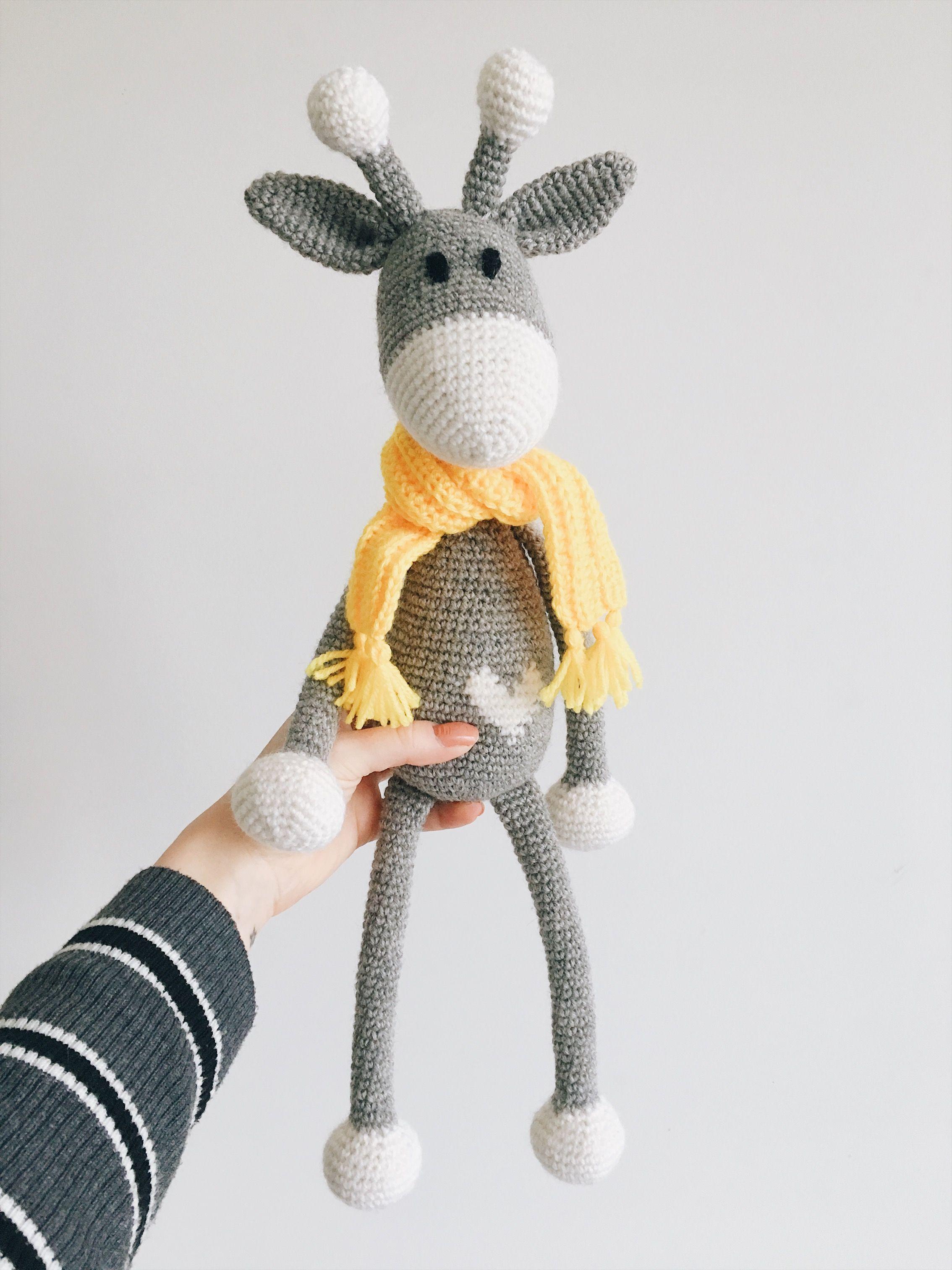 crochet hearty giraffe in East Hertfordshire für 25,00 £ zum ... | 3024x2268