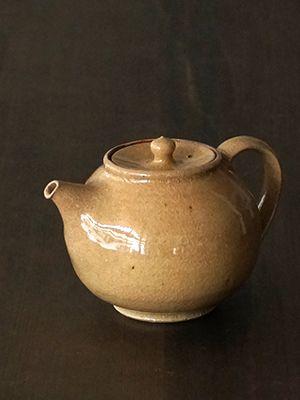 田谷直子さんのはだいろポット 小  #ceramics #pottery #porcelain #japanese #陶磁器 #うつわ #焼きもの #作家もの