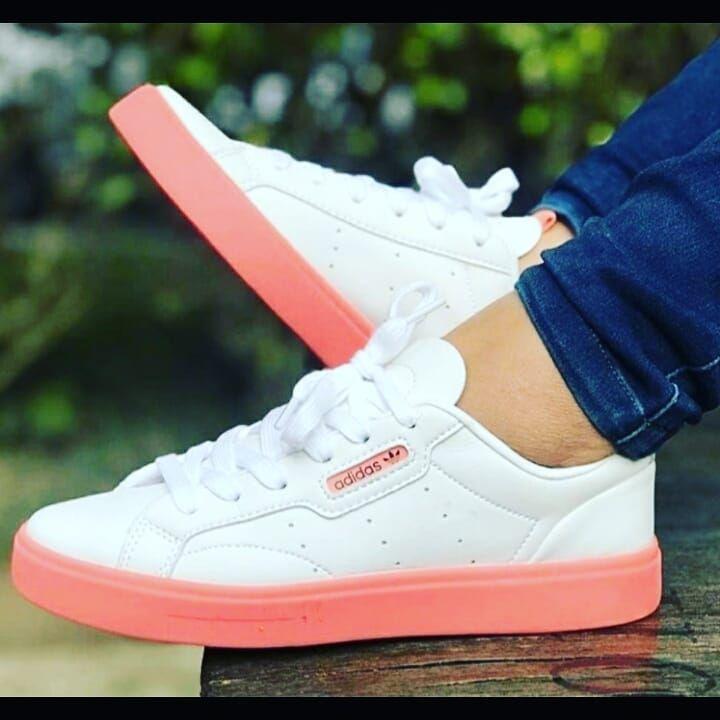 👟ADIDAS👟 Envíos a nivel nacional 🇨🇴 $ 160.000 Pedidos al ⤵ Whatsapp 3219775841 . . . #nike #adidas #puma #diesel #running #sport #nice #cool #love #white #lunes #today #bogota #colombia #cali #medellin #travel #online #shoes #money #amor #california #black #verde #martes #Thursday #white #pink #sport