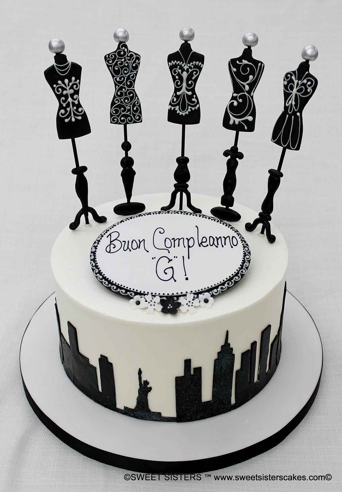 New York City black and white fashion themed cake So chic