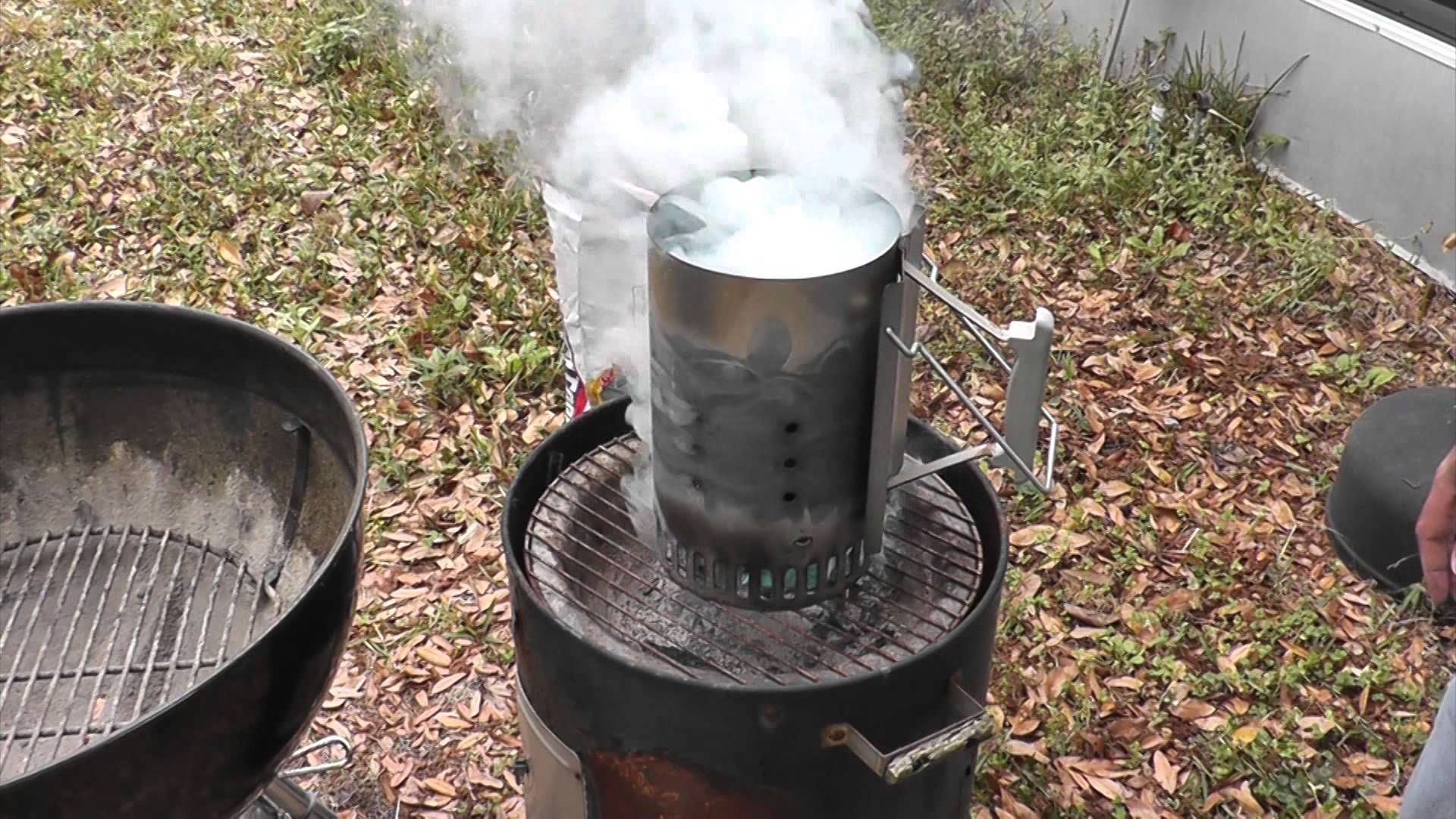 How To Use A Chimney Starter Best Charcoal Bbq Equipment Best Fire Starter