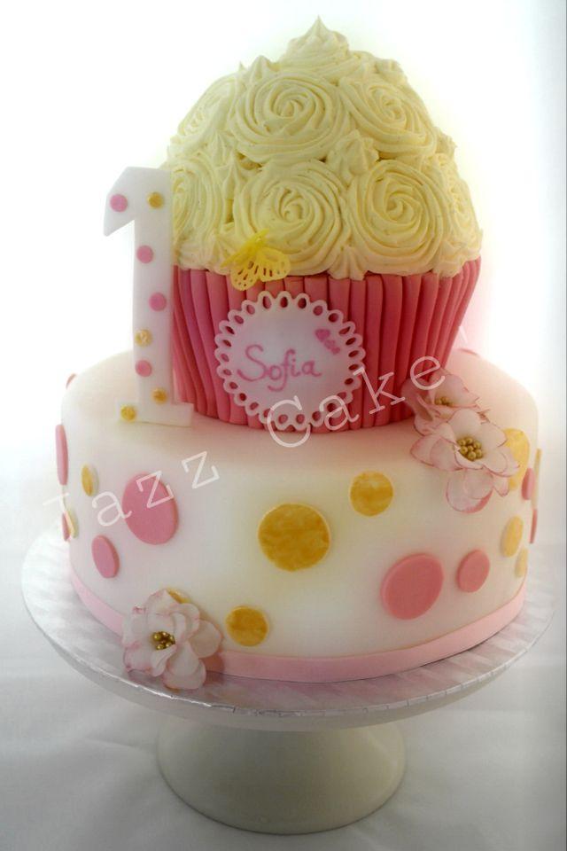 Zum 1 Geburtstag Ein Riesen Cupcake Essen Pinterest