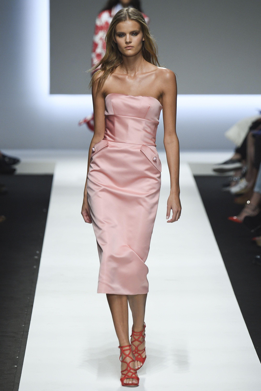 Ermanno Scervino Spring 2016 Ready-to-Wear Fashion Show | Moda ...