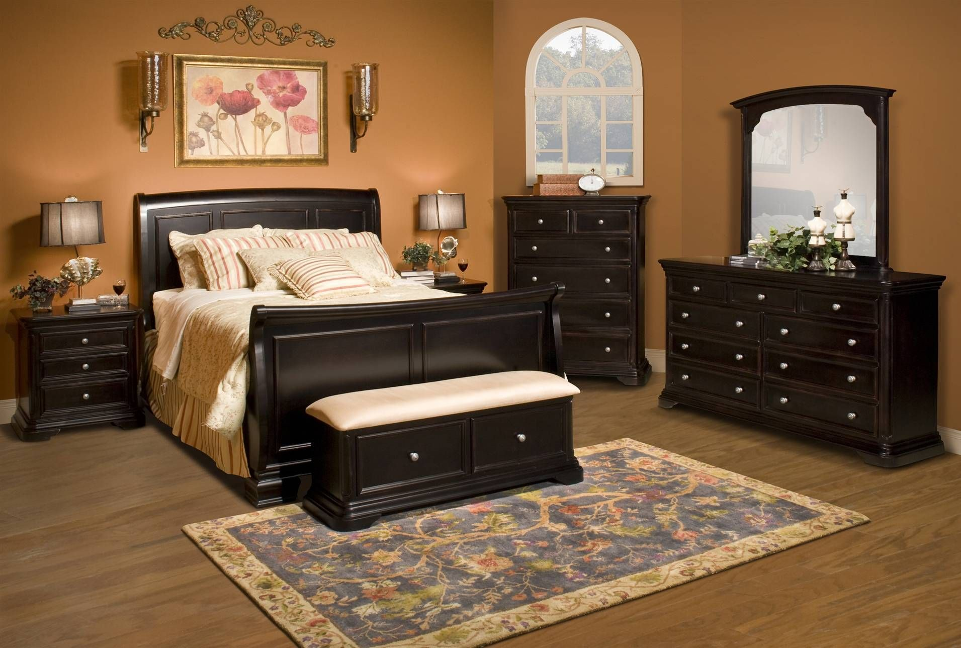 Mary Hill Queen Sleigh Bed. Mary Hill Queen Sleigh Bed   For the Old Home   Pinterest   Living
