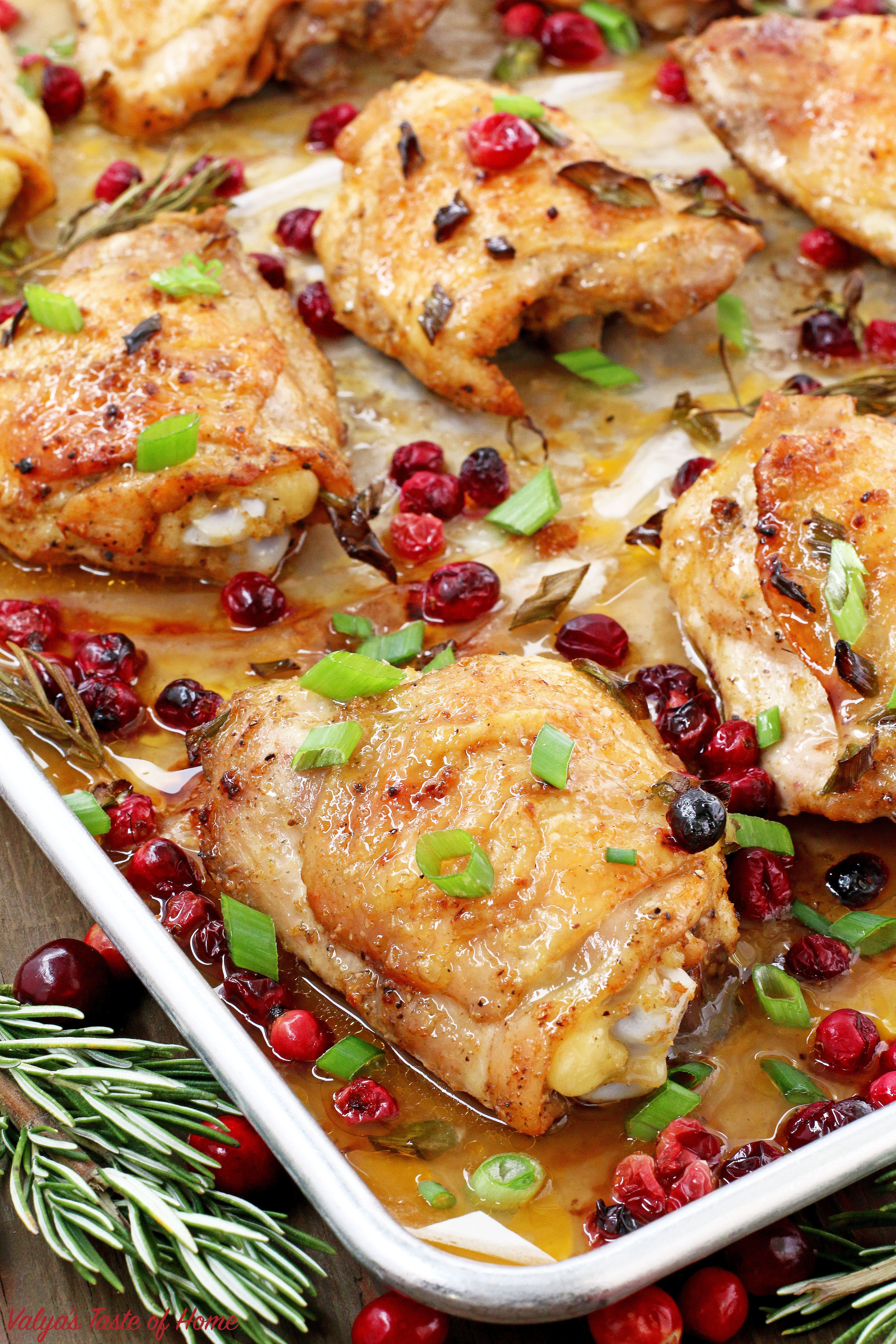 Pin By Lesianochka On Chicken Recipes In 2020 Baked Chicken Thighs Cranberry Baking Baked Chicken Recipes