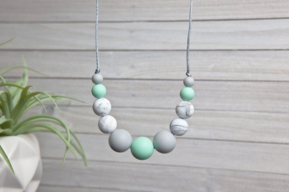 Sofia Silicone Teething Necklace - Mint Essence