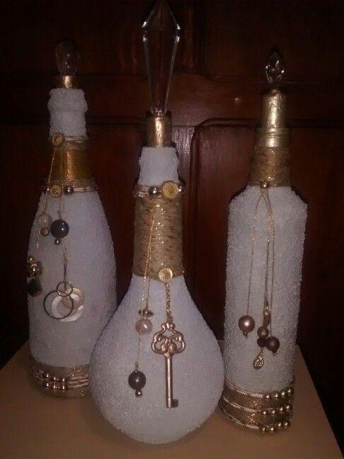 garrafas decoradas tutupirou artes by laly garrafas e afins pinterest flaschen glas und. Black Bedroom Furniture Sets. Home Design Ideas