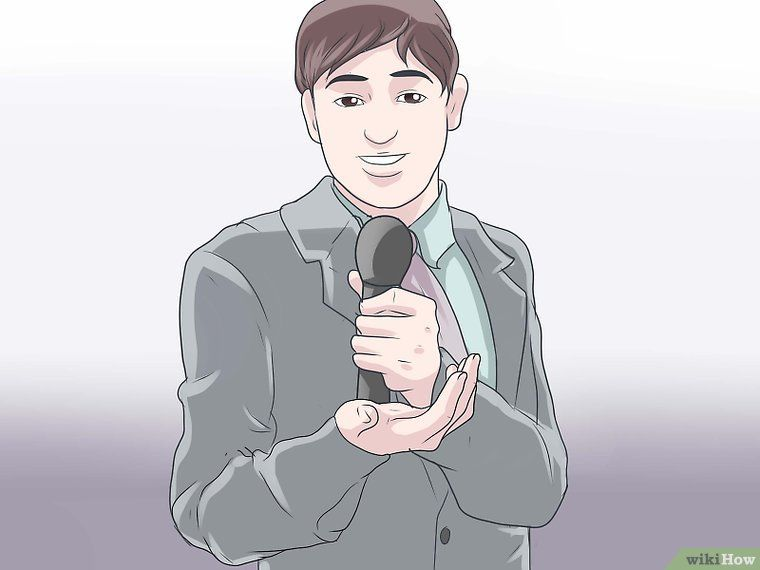 How to Emcee an Event (with Pictures) - wikiHow