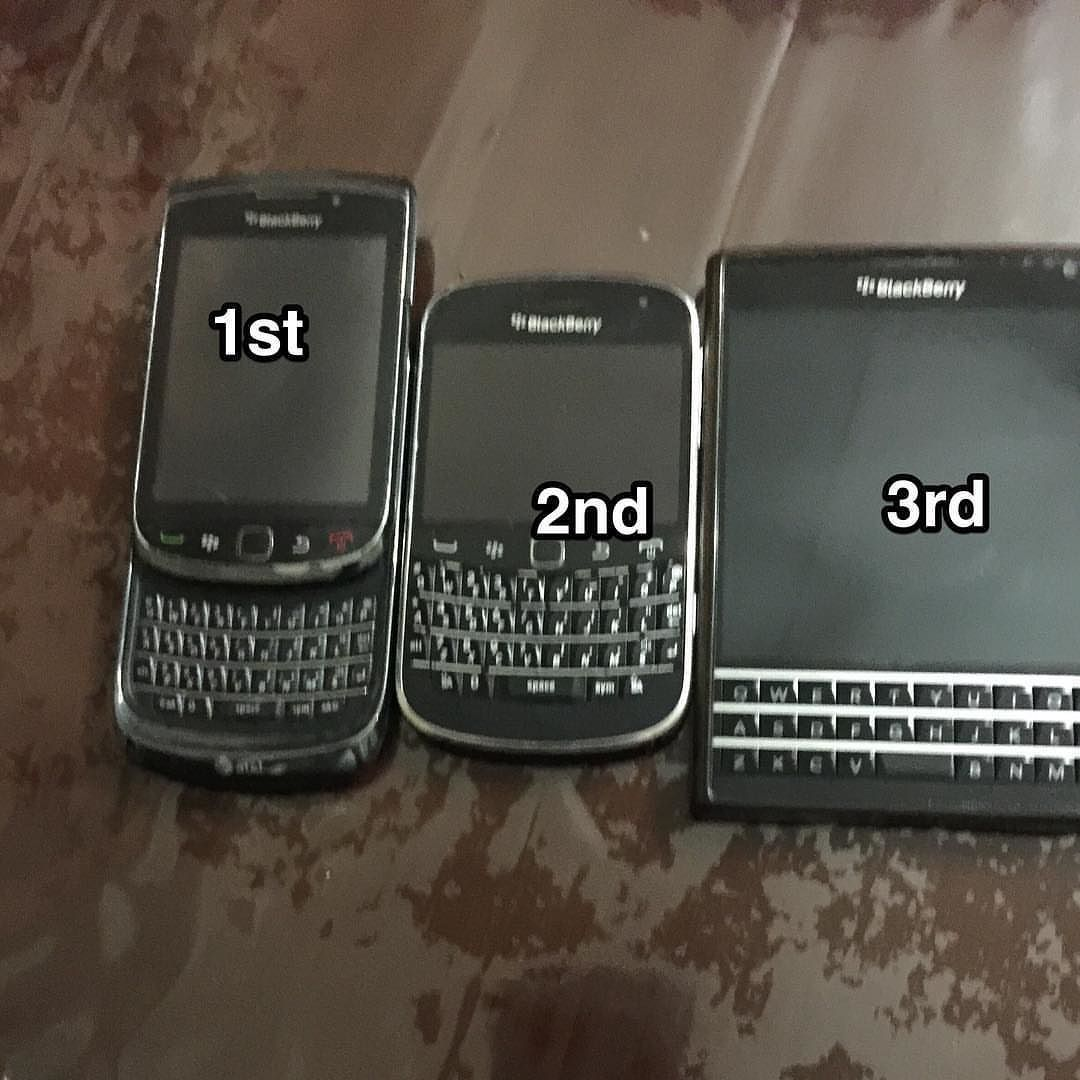 #inst10 #ReGram @randy.velasco: #blackberry smart phones it is. I Love Blackberry Phones unfortunately they are becoming extinct.  #BlackBerryClubs #BlackBerryPhotos #BBer #BlackBerryPassport #Passport #QWERTY #Keyboard #OldBlackBerry #RIM #QWERTY