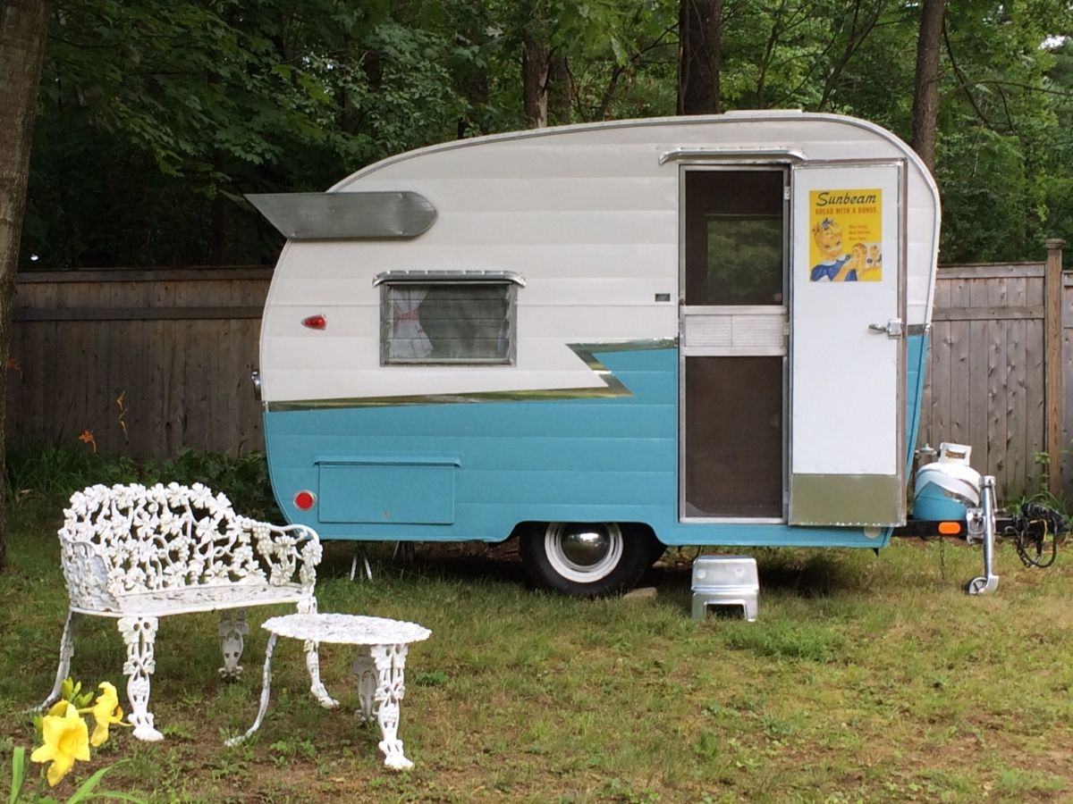 Here is a much sought after iconic 1964 Shasta Compact