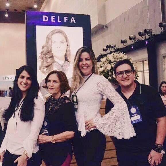 Talita Rolim Tania Rolim Diana Murinelli E Marleudo Costa No Lounge Delfa No Primeiro Dia De Ceara Fashion Trade Evento Realizado Em For Eventos Tania Diana