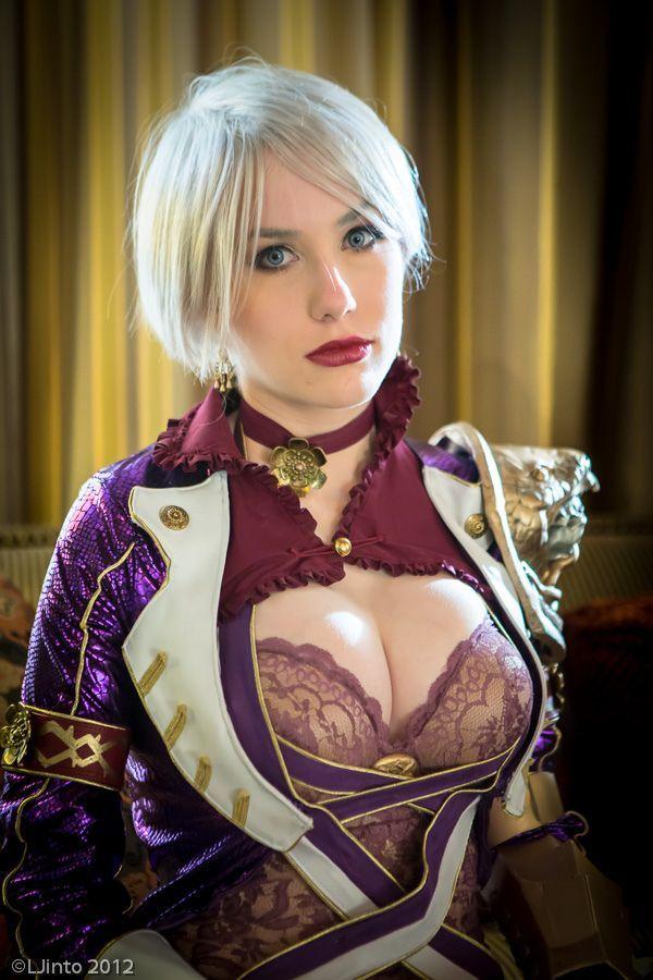 Sexy soul calibur cosplay