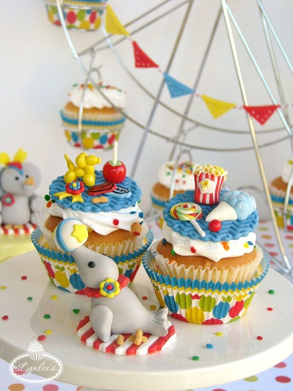 Magnificent Carnival Circus Cake Design Ideas on Craftsy Circus