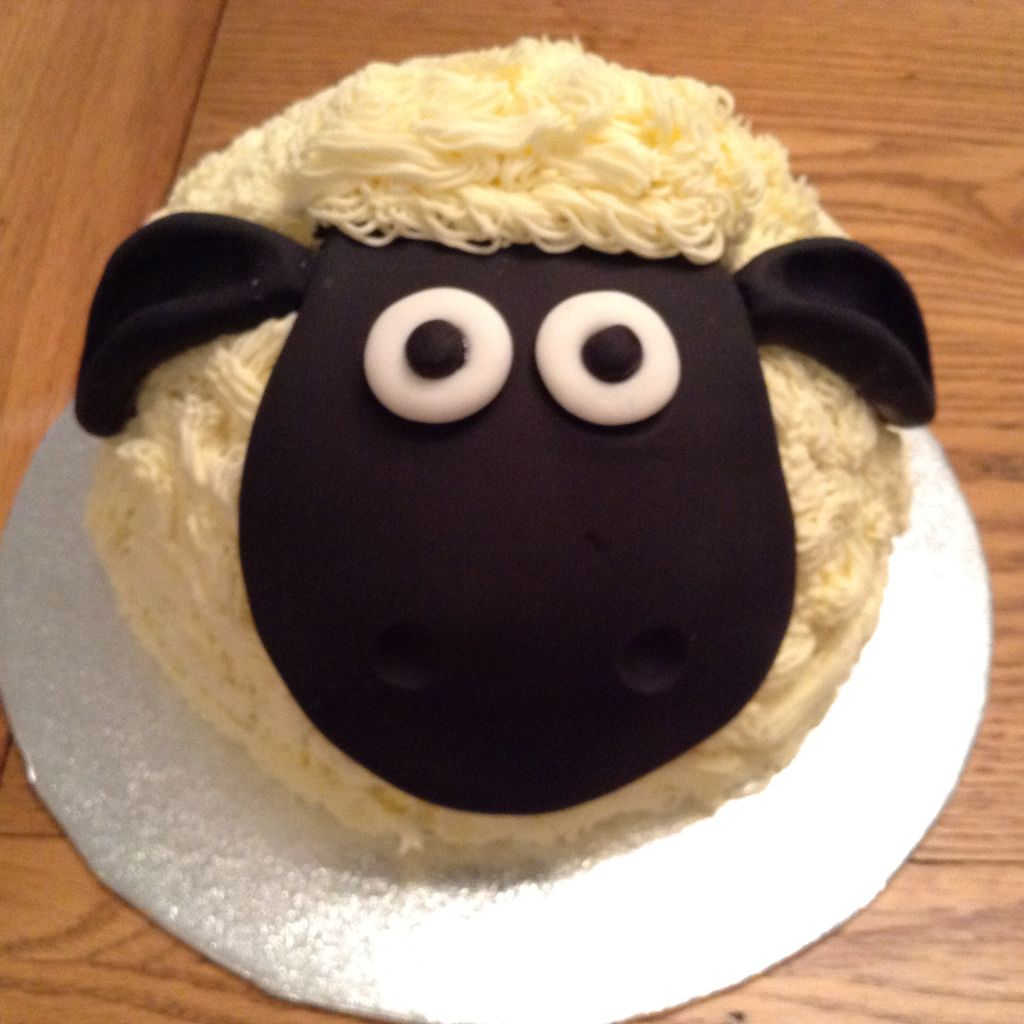 Shaun The Sheep Cake I Made For My Grans Th Birthday She Is A - Sheep cakes birthday