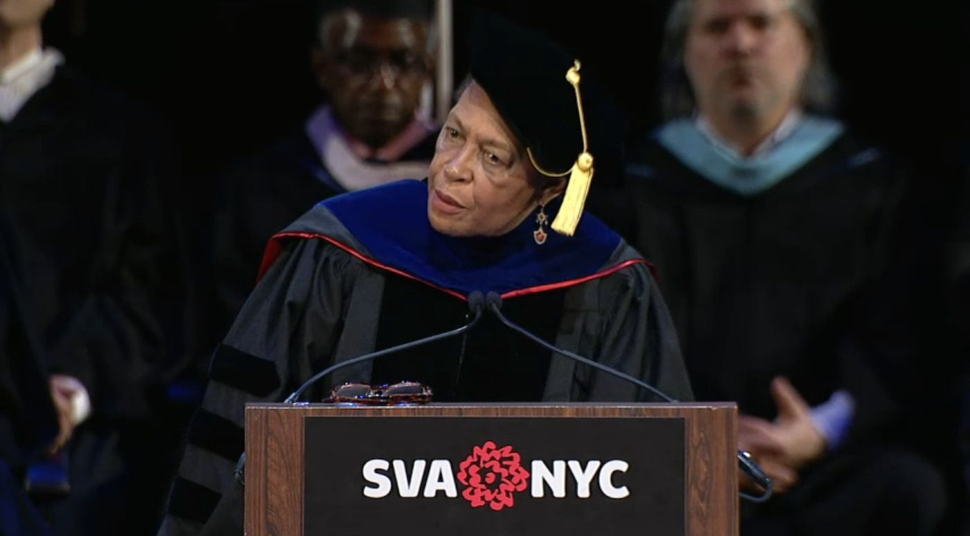"""""""Art Is a Demanding Mistress"""": Carrie Mae Weems Delivers a Poetic Commencement Speech"""