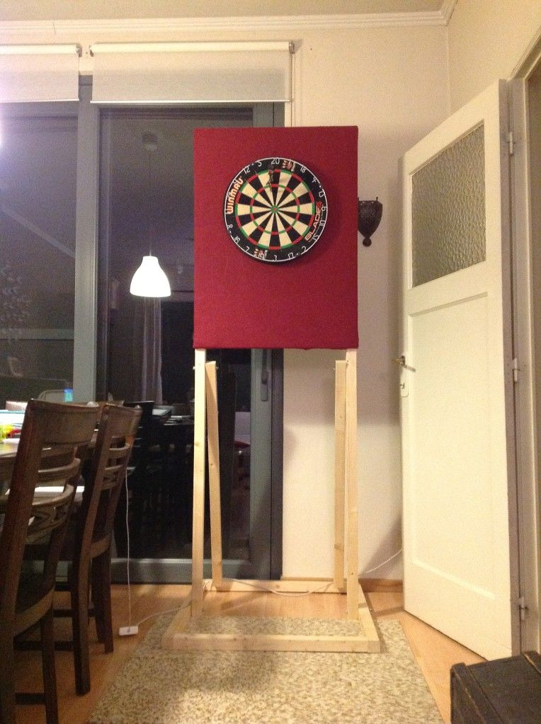 Tutorial my dartboard stand fun crafts pinterest for Diy dartboard lighting