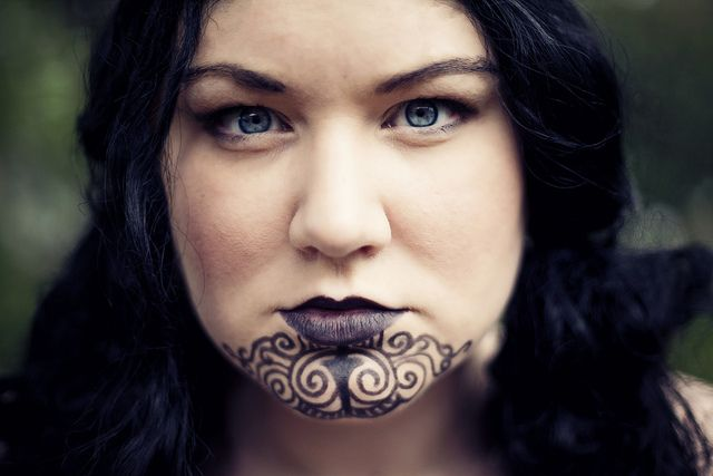 Female Maori Mouth Tattoos: Maori, Maori Tattoo Designs, Samoan Tattoo
