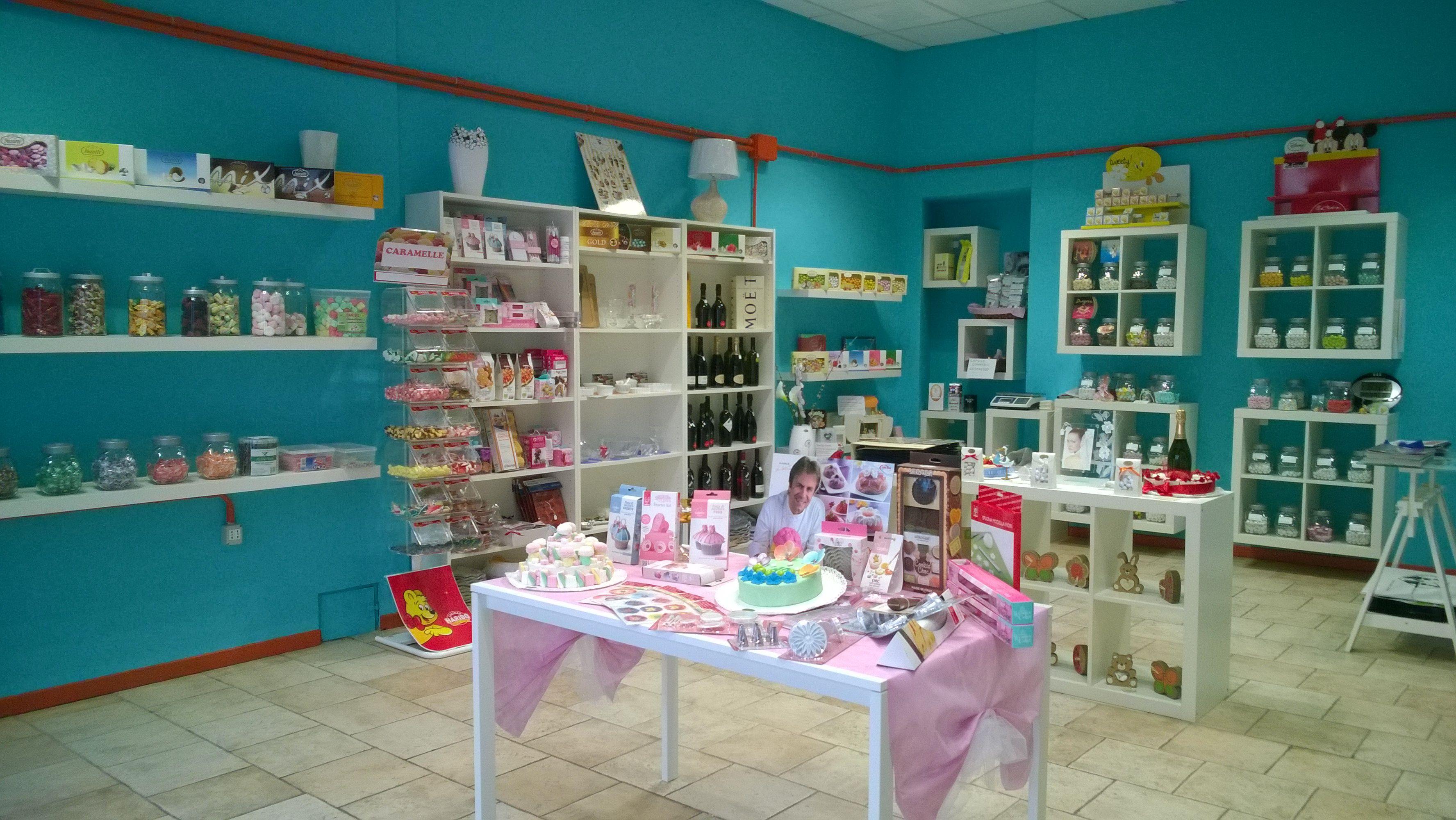 Il nostro negozio a Mortara in via Cairoli 5