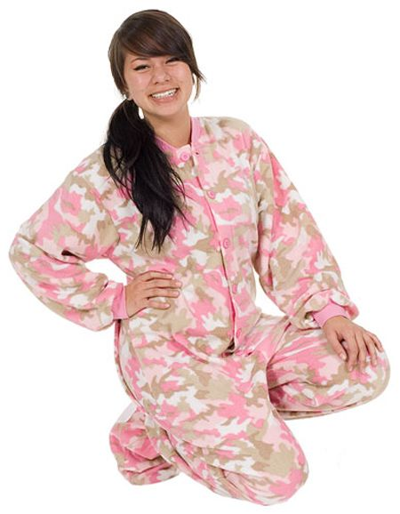 3bbfbf1a81 One Piece · Comfy · Warm  amp  Cozy Fleece Footy Pajama from Big Feet  48 -  SHOP https