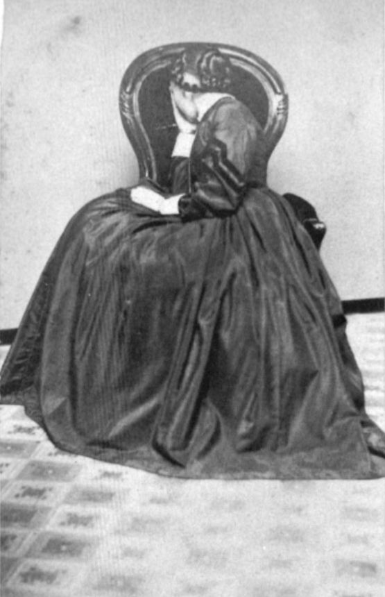 unknown | woman in mourning ca 1870