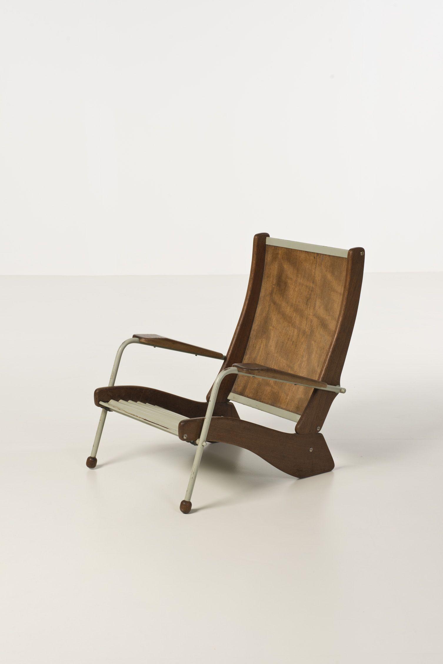 Rare version du fauteuil Kangourou (modéle  FV 22) Piasa.fr Auction 05/27/14