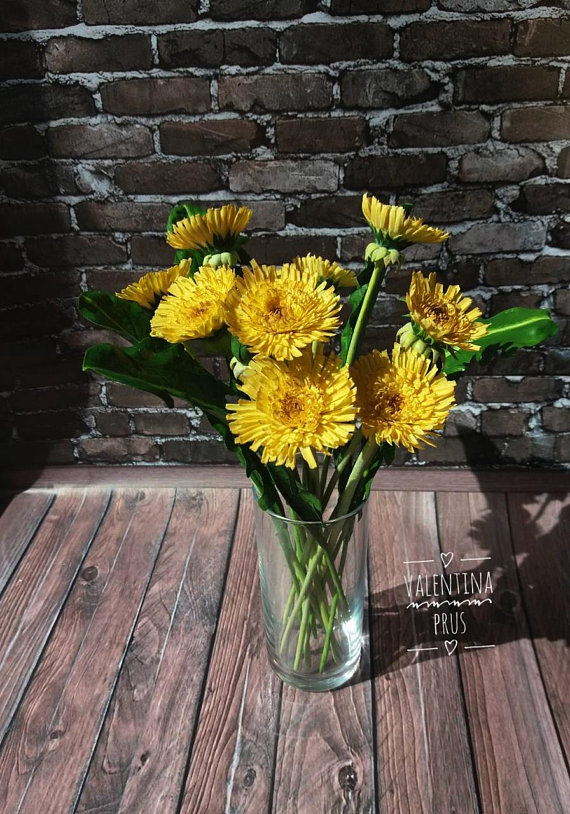 Dandelions Bouquet Of Yellow Dandelions Handmade Dandelion Etsy In 2020 Bouquet Yellow Flowers Polymer Flowers
