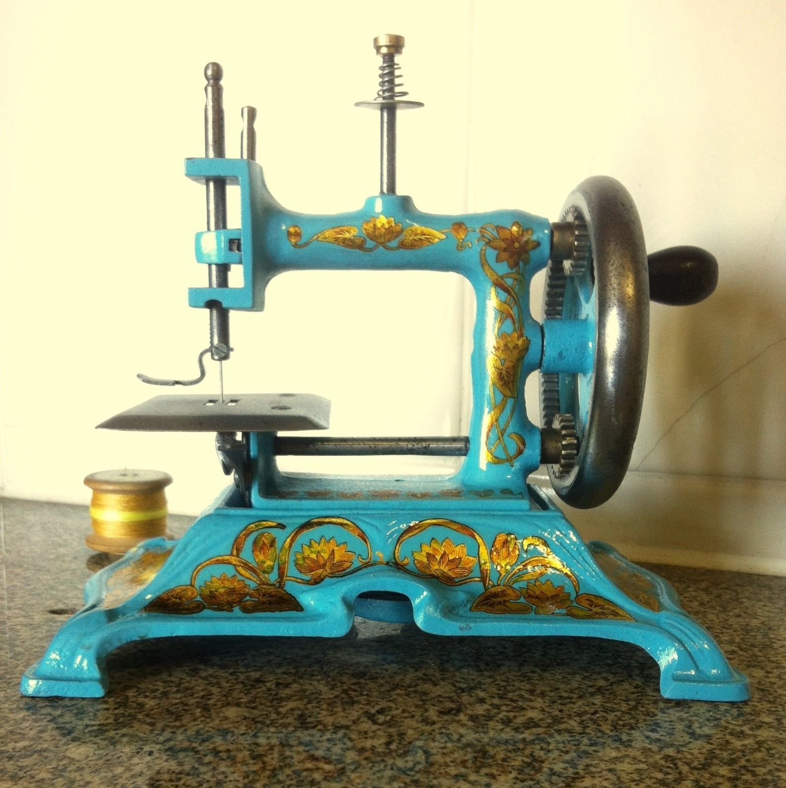 Ancienne Machine A Coudre rare antique toy sewing machine muller 15 - ancienne machine