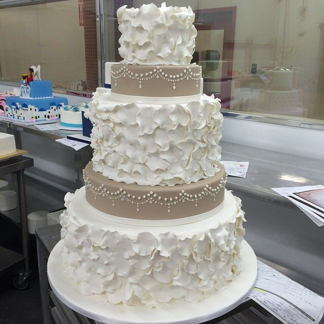 By My Favorite Buddy Valastro Wedding Food Cupcake Cakes