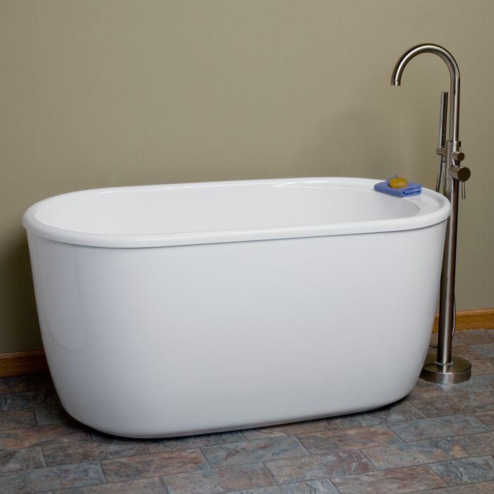 56 Vada Freestanding Acrylic Soaking Tub Attic Apartment Banos Hogar Besos