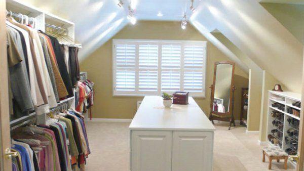 Ankleidezimmer dachschräge  mobiles spiegel ankleidezimmer dachschräge | Closet ideas ...