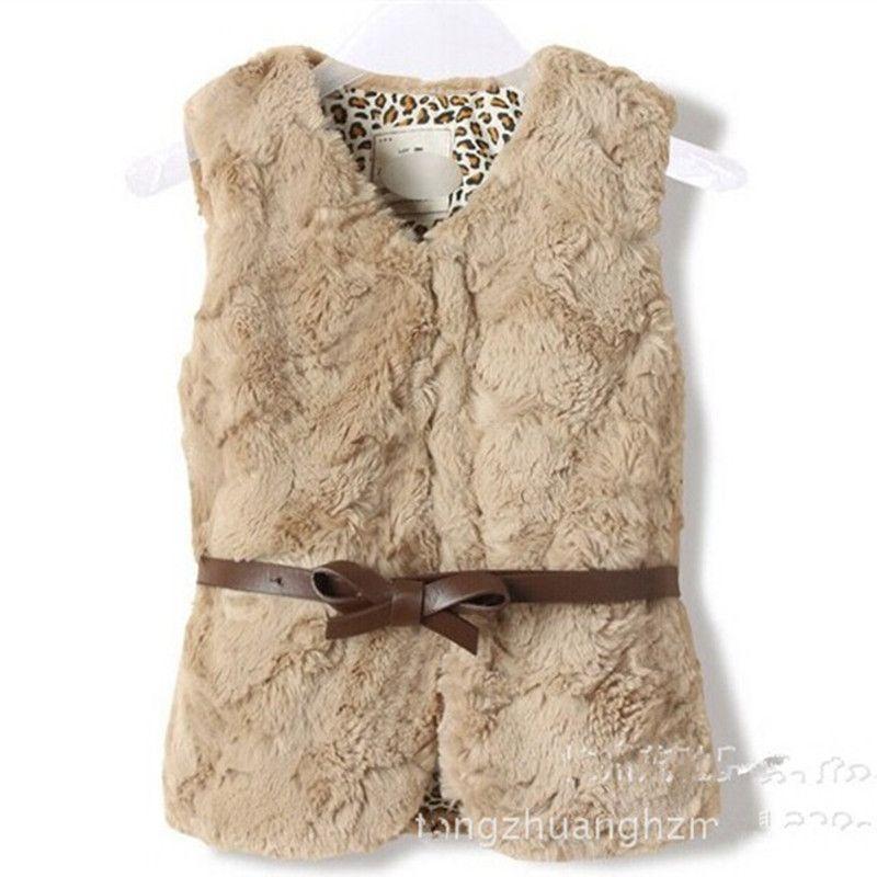 1-7yrs marca niños niñas con cuello en v chaleco del diseño del chaleco  caliente de la chaqueta de la muchacha de piel falsa chaleco para las niñas  con ... 4d5b020fa7c