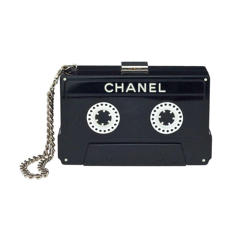 Chanel Handväskor : Chanel cassette tape clutch v?skor och inspiration