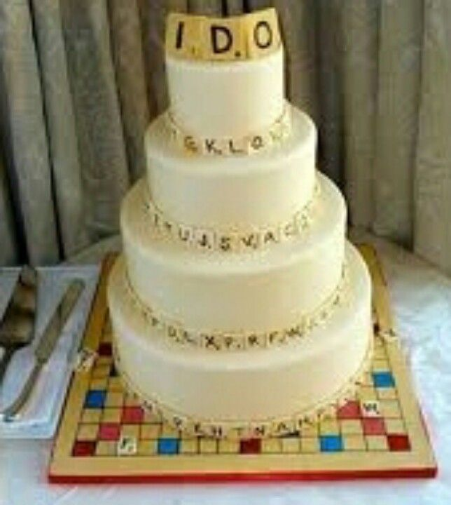 Even cuter Scrabble wedding cake! :D i do ♥ | Game Night ...