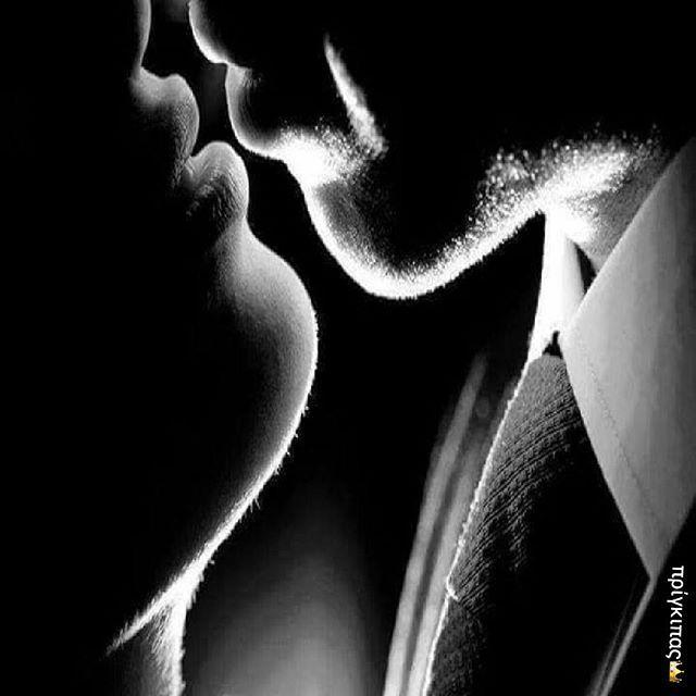 Η ανάσα μου απλά... σε έκανε να τρέμεις... Μπορείς να φανταστείς... τι θα κάνει η γλώσσα μου..; by mikros_prigkipas
