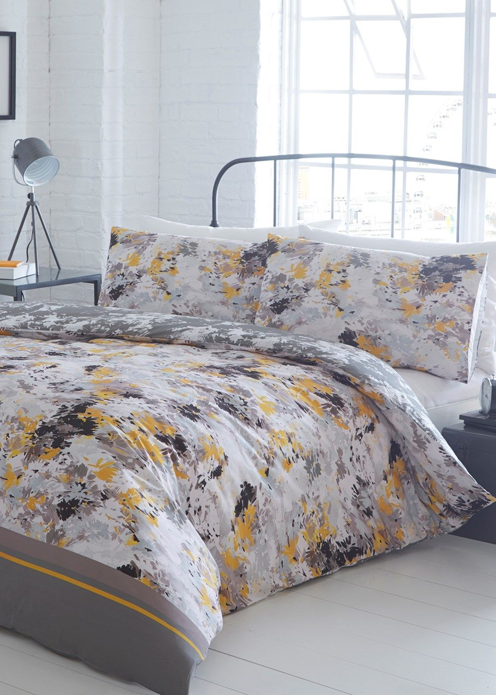 Bedrooms Jeff Banks Reversible Fl Print Duvet Set
