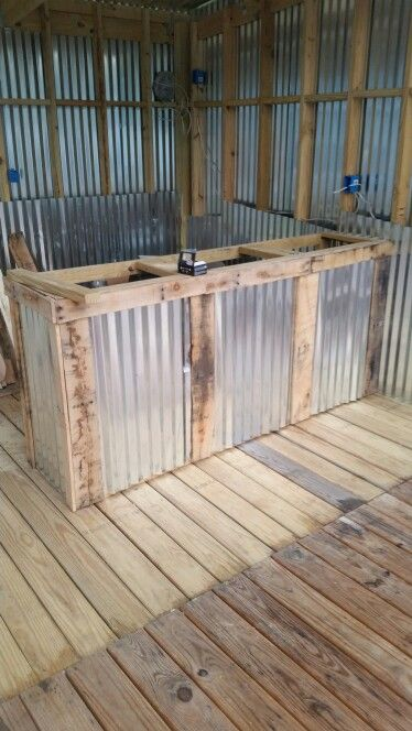 Superieur Front Of Bar With Tin And Pallet Wood Trim. Almost Ready To Put On A