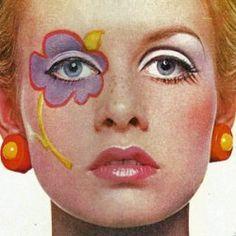 Hippy Eye Flower Hippie Makeup 1960s Makeup Twiggy