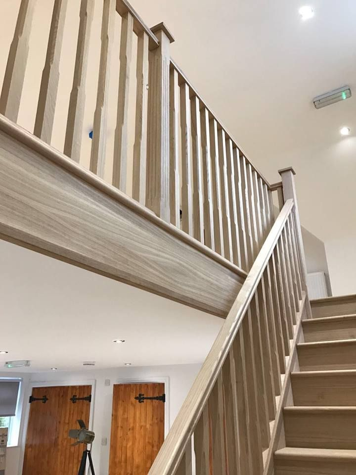 Best Solid Oak Stairs Including Oak Strings Treads Risers 400 x 300