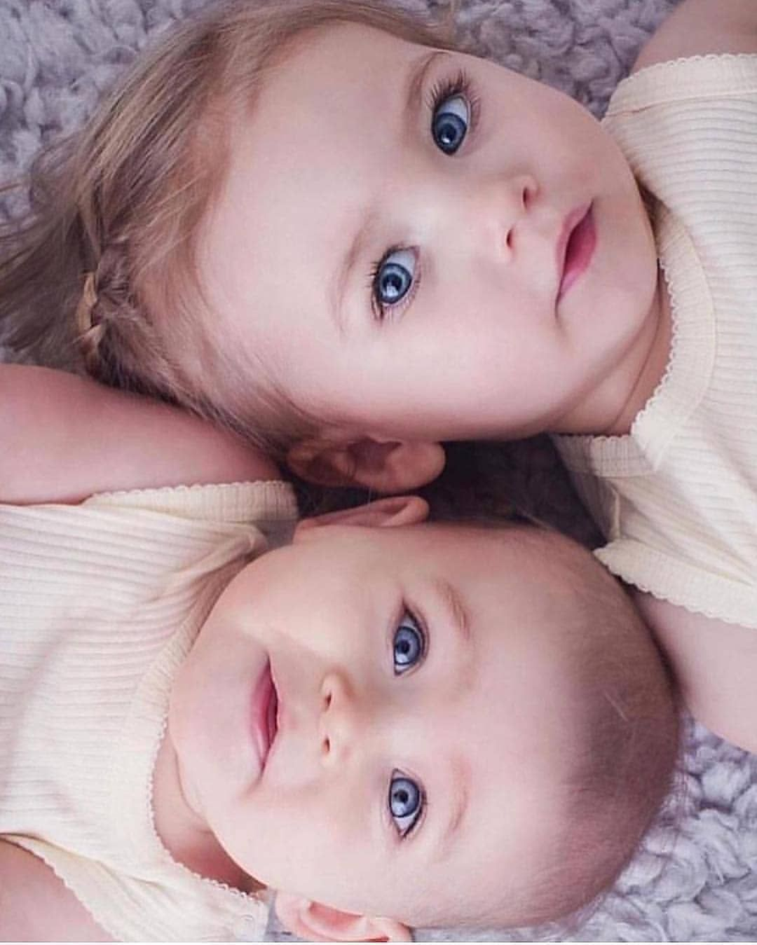 Baby Kids Family On Instagram So Beautiful Baby So Sweet This Eyes Machaalllah ماشا In 2020 Cute Baby Pictures Blue Eyed Baby Beautiful Babies