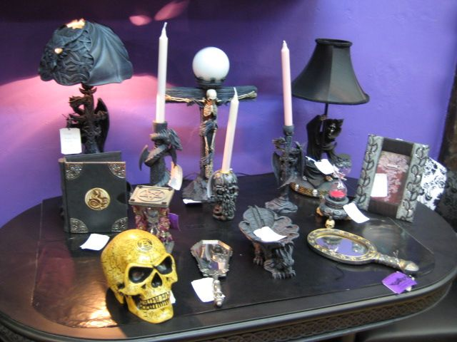 Amazing Stripy Tights And Dark Delights: Guest Post: Goth Decor