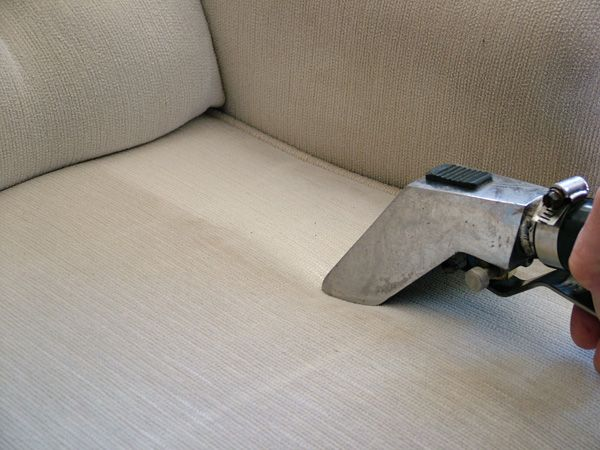 Get these 5 Handy #Tips To #Clean Upholstered #Chairs