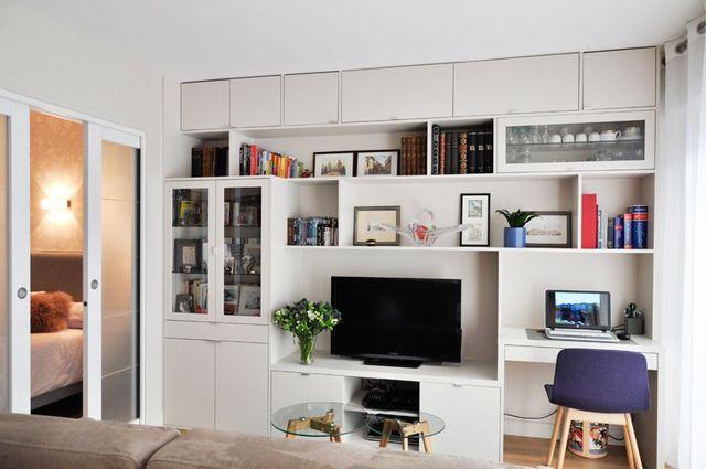 Am nagement studio astuces gain de place et id es d co inspiration d co par c t maison - Meuble tv gain de place ...