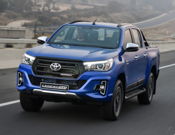Toyota Hilux Legende 50 Double Cab Za Spec 2019 In 2020 Toyota Hilux Toyota Suv